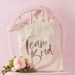 Bolsa team bride